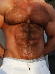 Hot muscle man Zeb Atlas