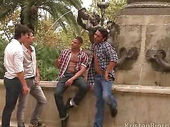 Hot europena men threesome