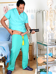 Marcello wearing in doctor uniform and using flashjack