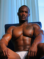 Black naked bodybuilder from Miami beach