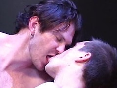 This new bareback video brings us Luke enjoying Brian